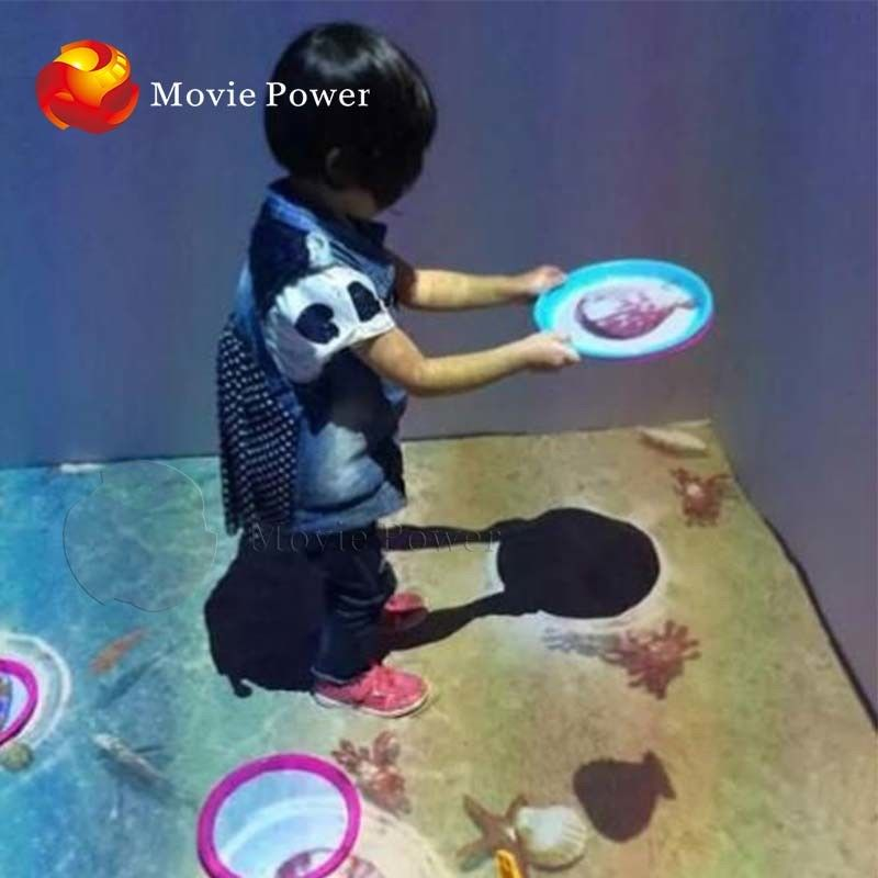 Infrared Sensing 9D VR Cinema Multi Interactive Floor Games Projection